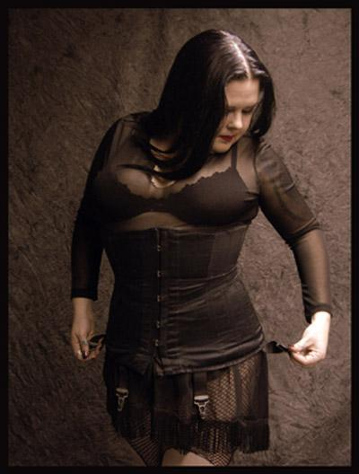 May 31, 2005 Vyxen The Corset Photo By: Krucifixiation