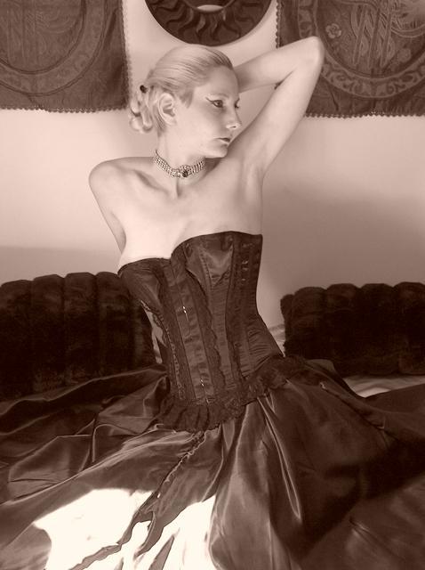Female model photo shoot of Alystin Noir
