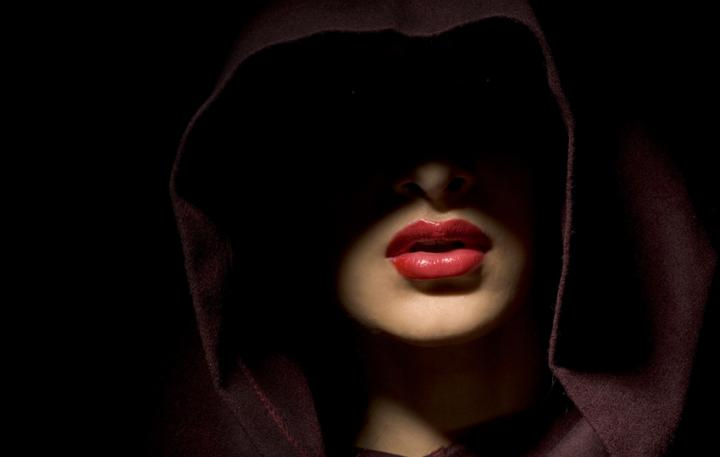 Jun 16, 2005 Arturo Cubria MUA/Naomi Jayne Kiss of Death