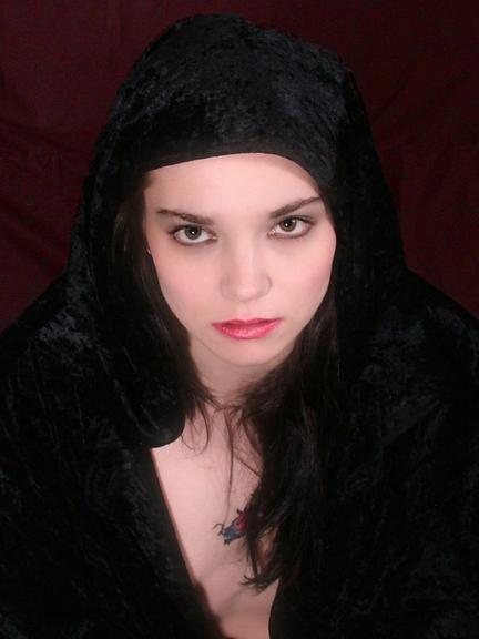 Female model photo shoot of lizbetbathory