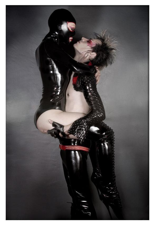 Sep 18, 2005 Latex: Syren by Venus Prototype/SkinTwo