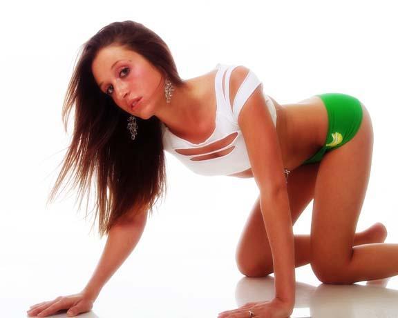 Female model photo shoot of AsHaLiCiOuS in Carmel, CA.