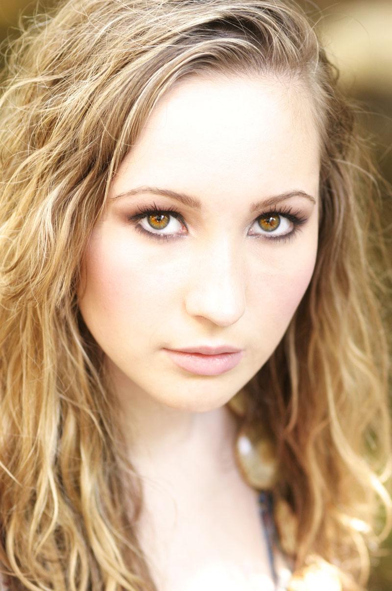Female model photo shoot of Tayler