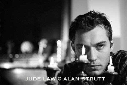 London Nov 04, 2005 Alan Strutt Jude Law