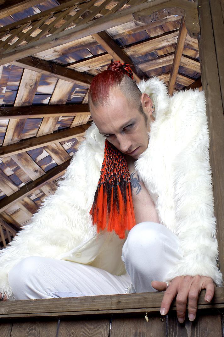 tarzana, ca Nov 08, 2005 adam chilson even vampires can wear white 10.15.05