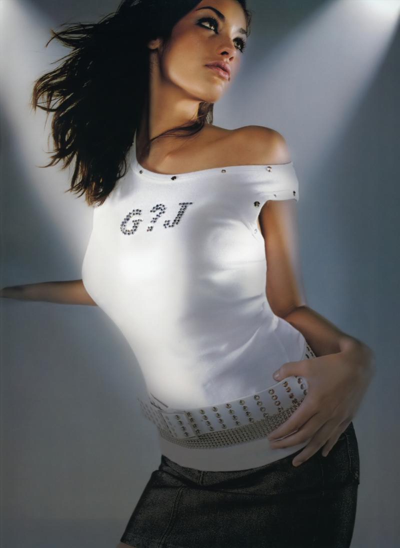 Female model photo shoot of Megan Ewing
