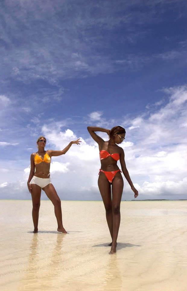 Bahamas Nov 13, 2005 donaldknowles.com Sand bank