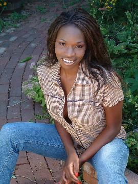 Female model photo shoot of DazelleYvette in West Chicago