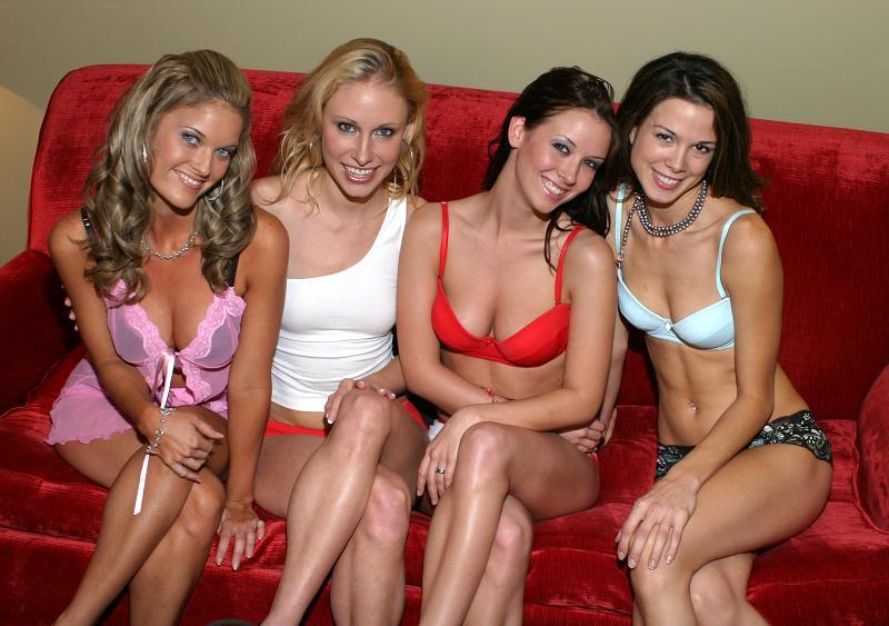 Orlando, FL Dec 02, 2005 ACertainLook The Girls
