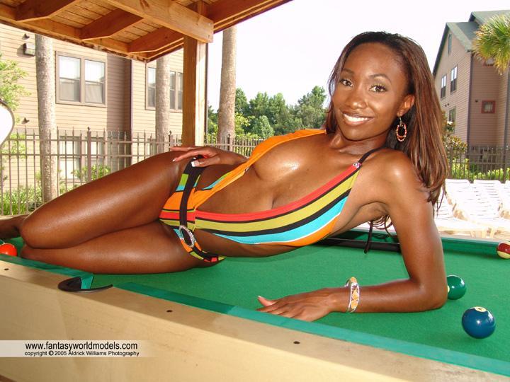 Tallahassee, FL Dec 05, 2005 Coco Renea & Aldrick Williams Pool anyone?