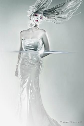 Toronto Dec 07, 2005 Thomas Dziedzic Snow Queen - Editorial Makeup by Dorota Buczel