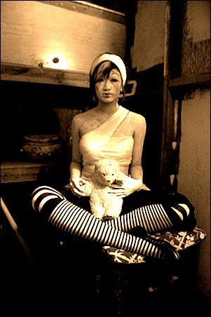 Los Angeles Dec 19, 2005 2005 Sheena Luxe BROKEN DOLL | wardrobe concept: Sheena Luxe & Sarah Dope