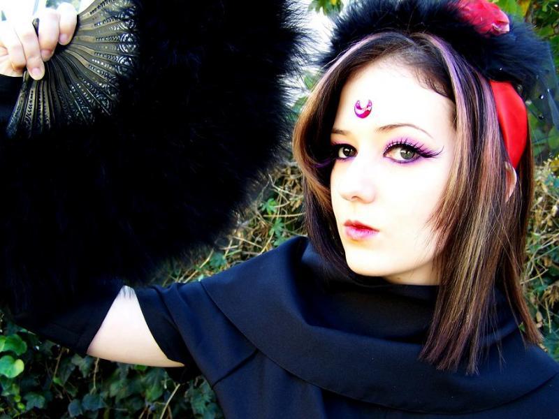 Female model photo shoot of Mynx Midnight