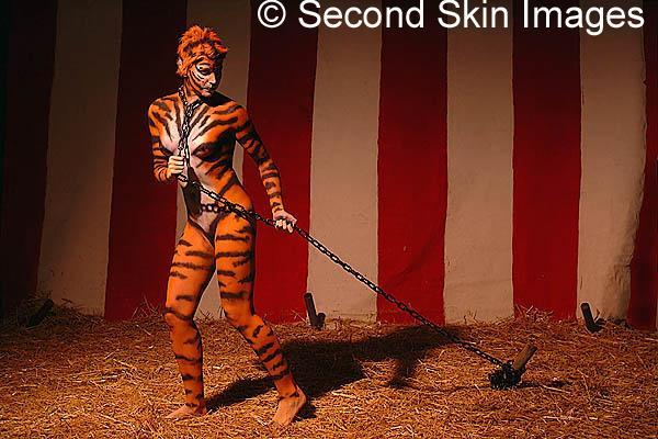 Dans Studio Dec 29, 2005 Second Skin Images Escape Artist (I highly reccomend this model)