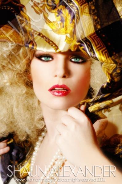Female model photo shoot of Jennifer Nicole in Hollywood