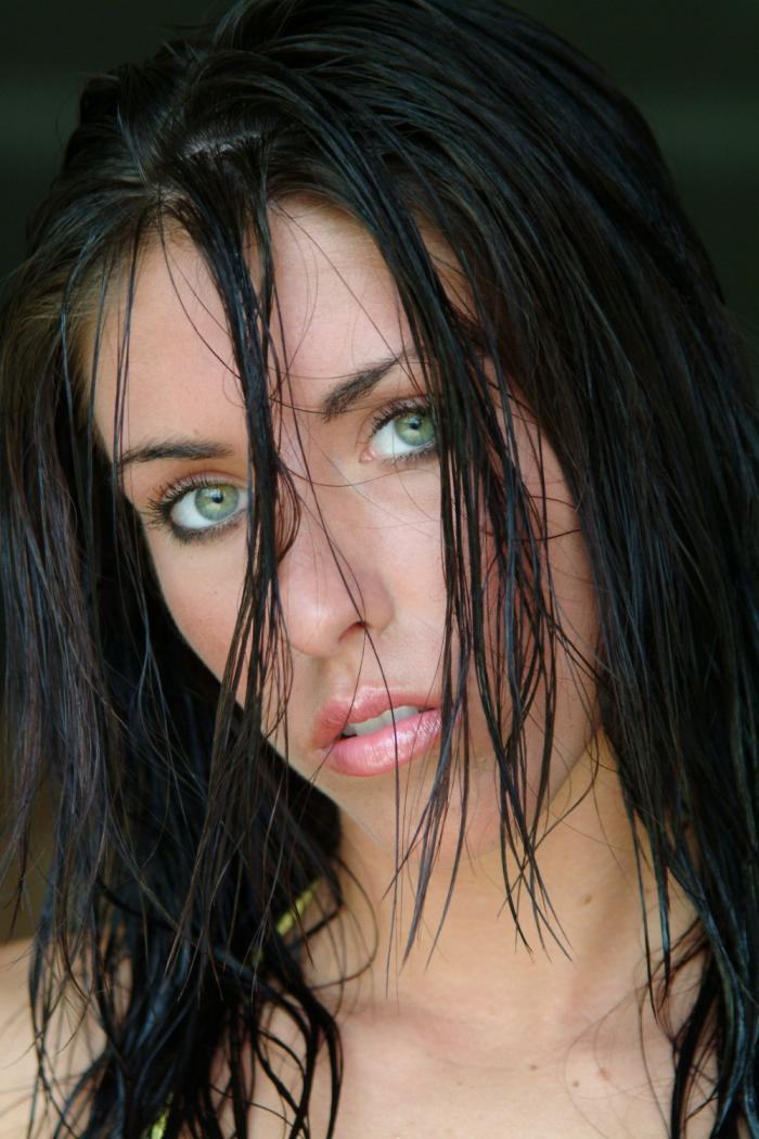 Jan 11, 2006 Andy Seynaeve Wet look - from my first photoshoot.  Shot by Andy Seynaeve
