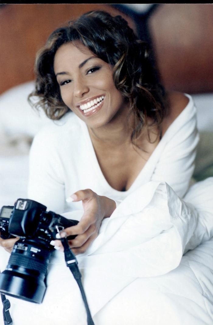 AL Jan 12, 2006 socko fashion photographer Smile for the camera!