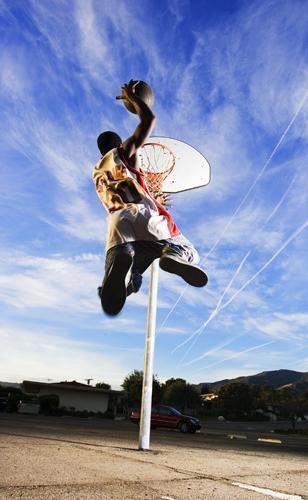 Jan 31, 2006 © Joe Morahan Sunny Santa Barbara and a game of hoops