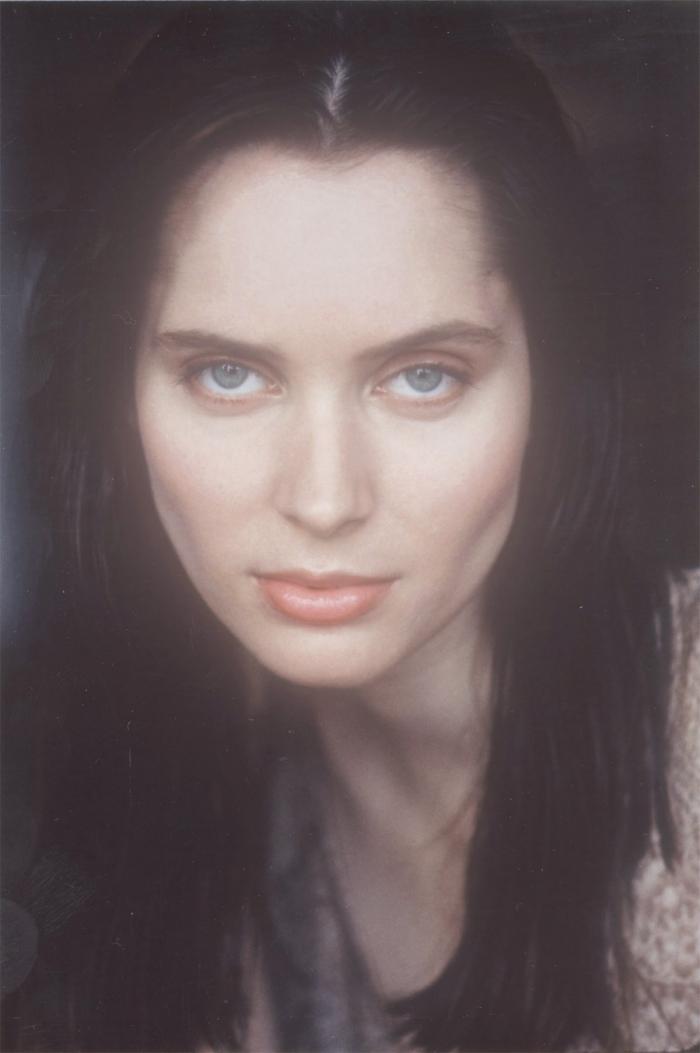 Female model photo shoot of Pattijean
