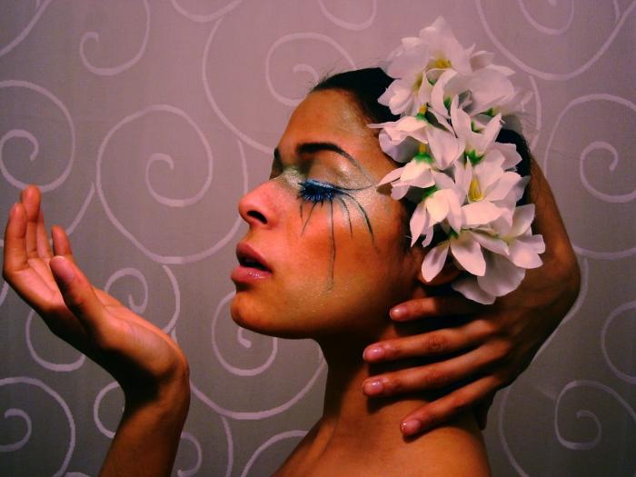 Manhattan Mar 06, 2006 Dhareza Maramis make-up and hair by me
