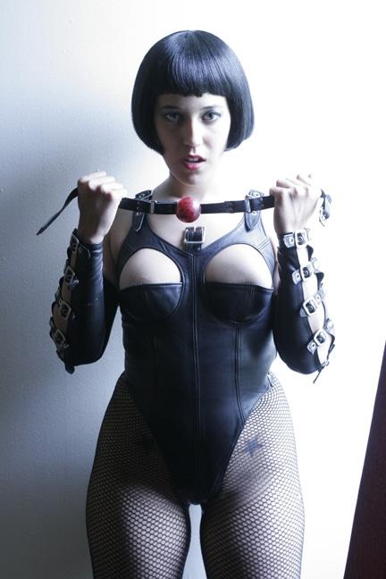 Mar 15, 2006 www.kstills.com Miss Nix