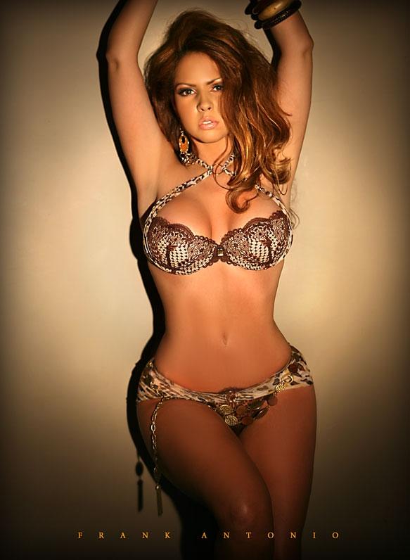 Female model photo shoot of Liza Irizarry in NYC