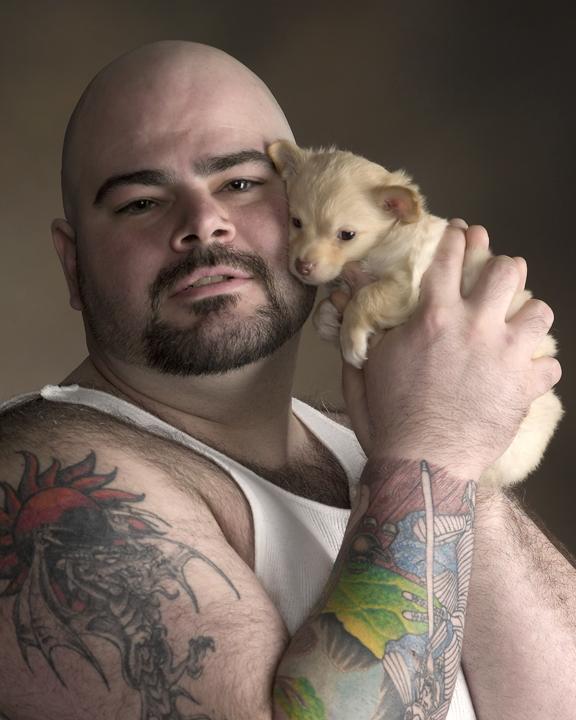 Mar 31, 2006 Lesley Arak JohnnyP with puppy
