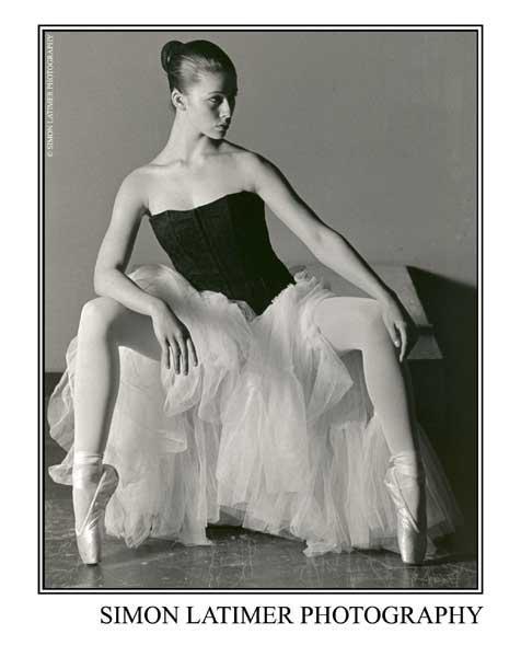 Studio May 09, 2006 Simon Latimer Photography The Dancer