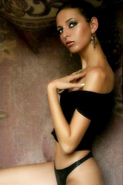 May 24, 2006 ELena P arabian story.... ;-)))  in UAE ;)