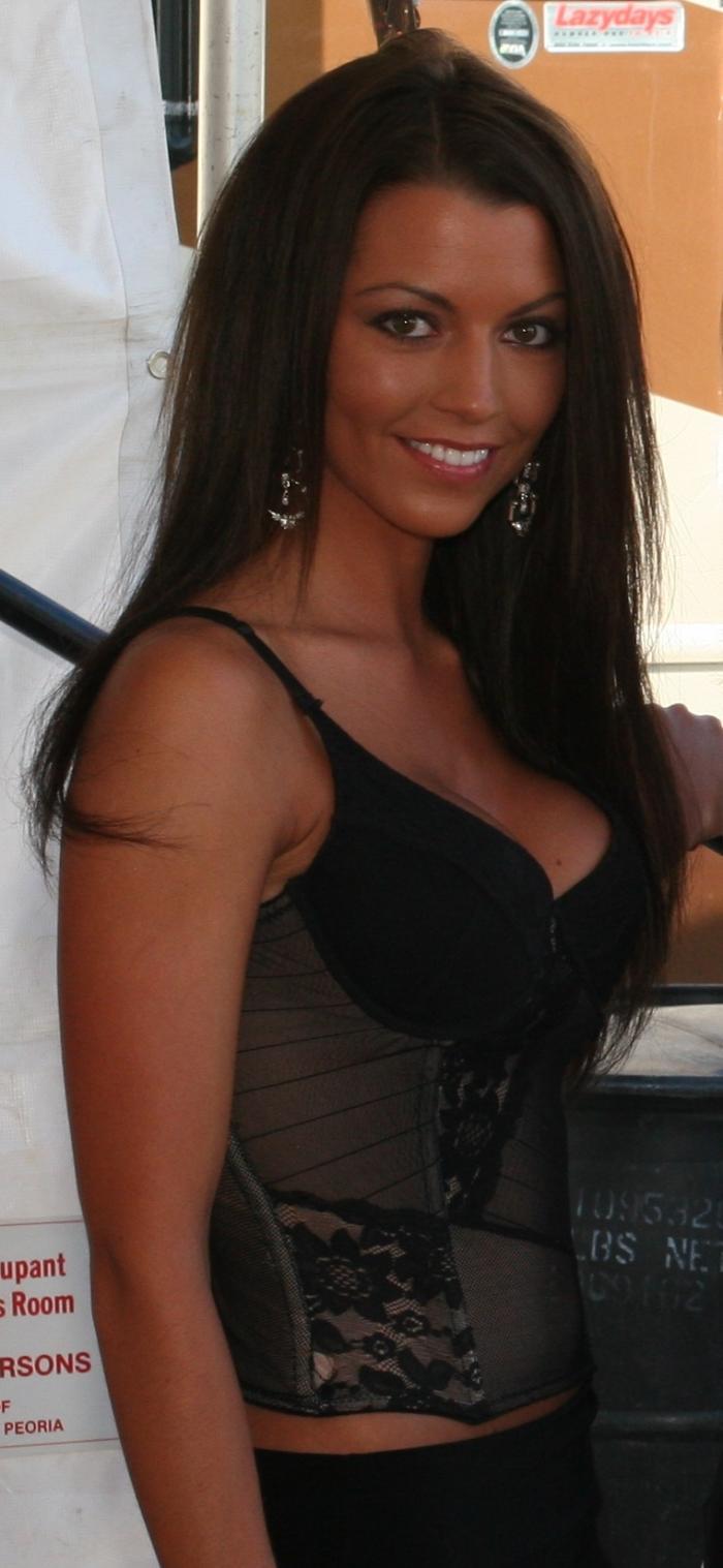 Female model photo shoot of Tara Marie Ashley