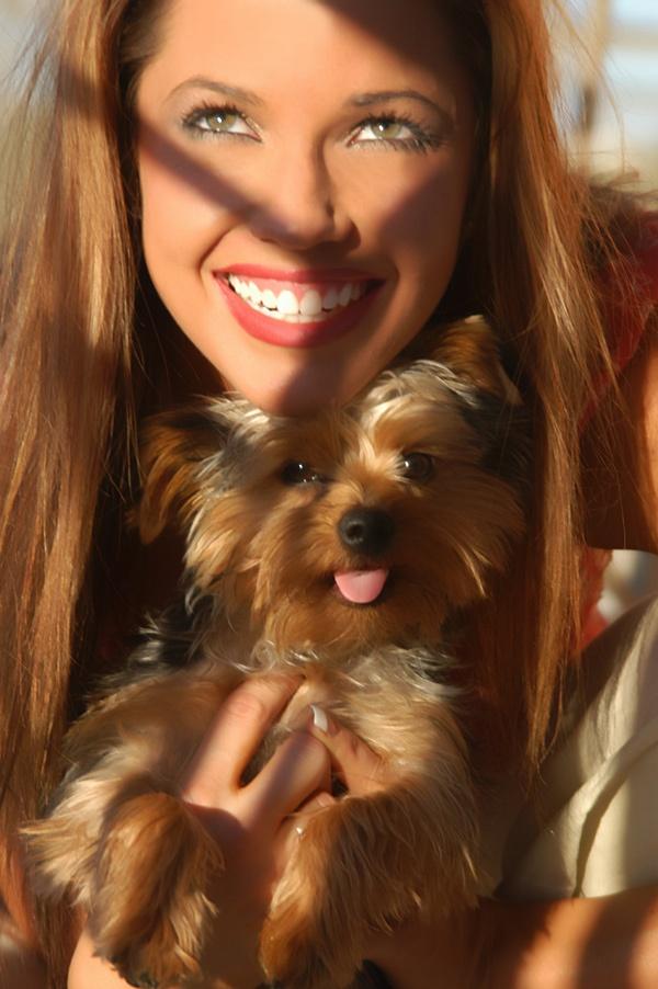 Laurens casa Jun 03, 2006 Sin City Imagery 2006 Lauren & pal