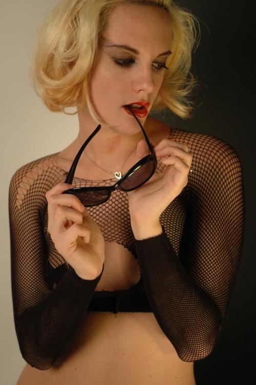 Female model photo shoot of Aj S in orlando fl