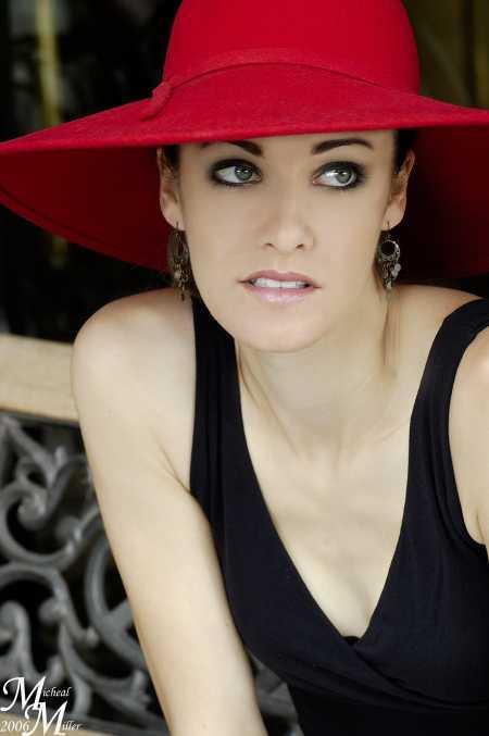 Female model photo shoot of Ronnie Hansen