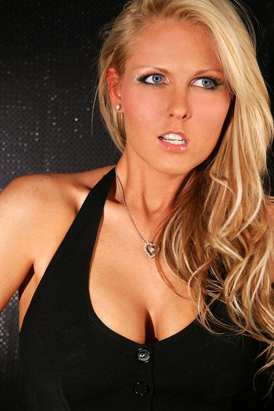 Female model photo shoot of Miss Kelly M