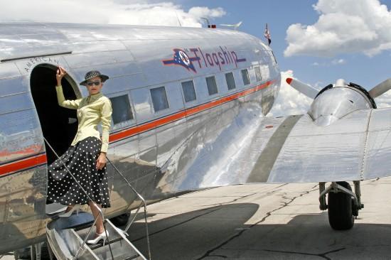 Heber City Jul 14, 2006 DA-Images All aboard the DC-3..