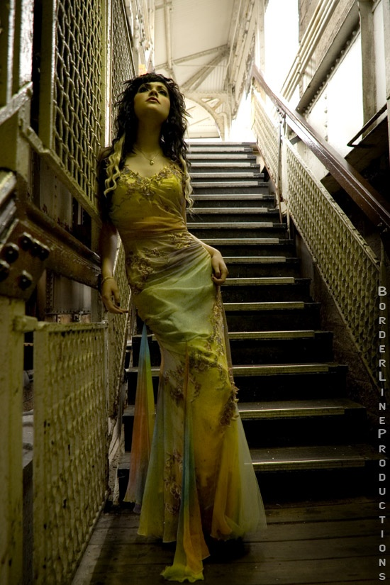Secret stairway. Jul 22, 2006 BL Joe Kristy delight !