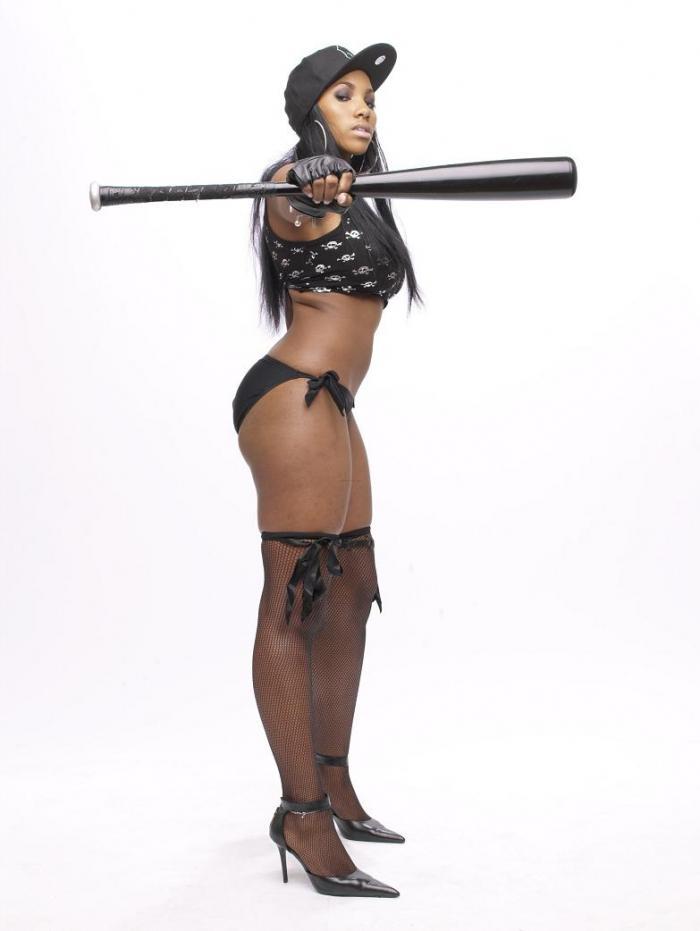 Aug 04, 2006 Aushiana Robinson Beautifully Gangsta // Photographer: Dexter Fletcher