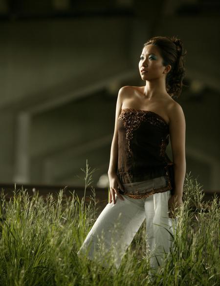 Female model photo shoot of Rebecca N