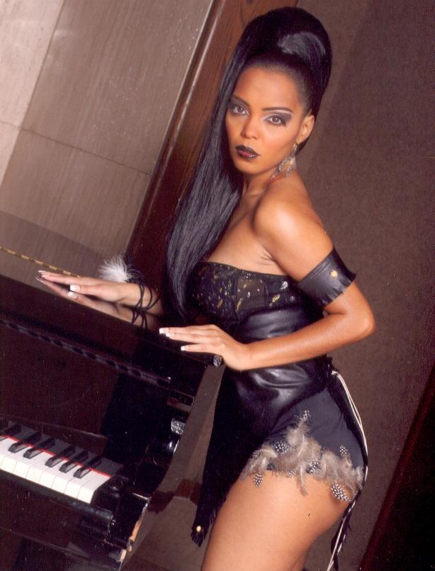ATLANTA, GA Aug 14, 2006 Style Q Magazine/Photographer Reggie Anderson, Hair & Make-up: Joseph A. Trice