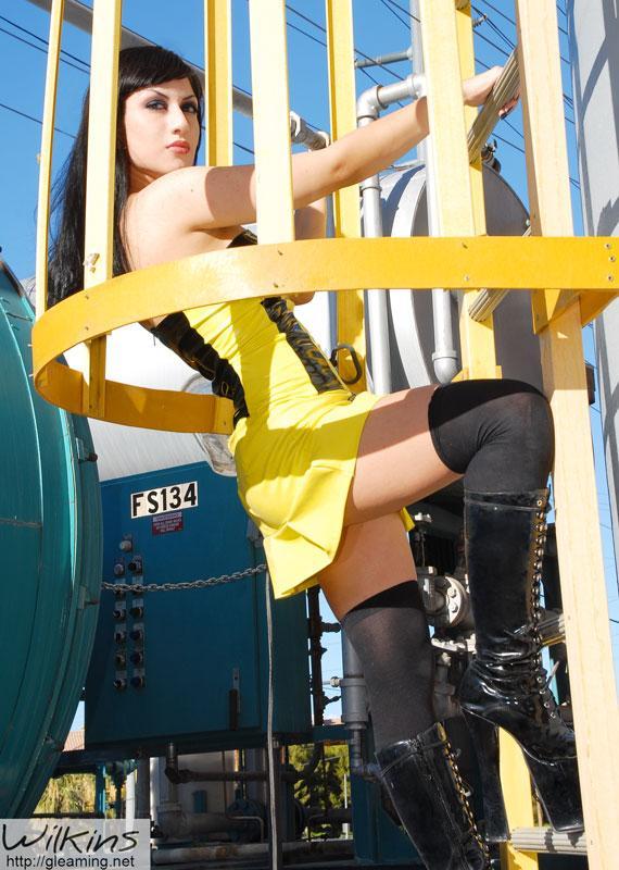 Las Vegas Aug 14, 2006 Jonathan Wilkins - <jwilkins@gleaming.net> Anya
