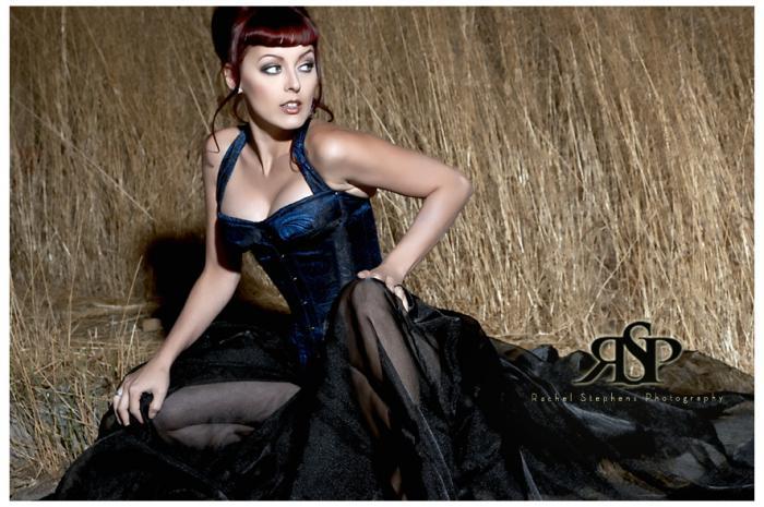 Female model photo shoot of Dayna DeLux in Burbank