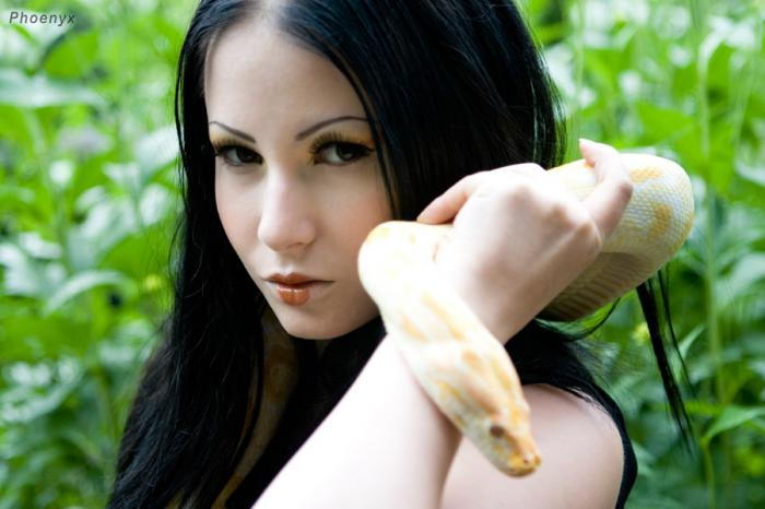 Female model photo shoot of AliG8tr in Royal Botanical Gardens, Hamilton.