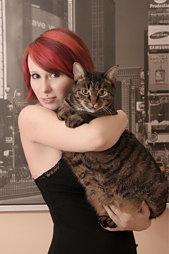 Astoria Aug 18, 2006 2006 TwentyOneFifteen Gigantor Kitty
