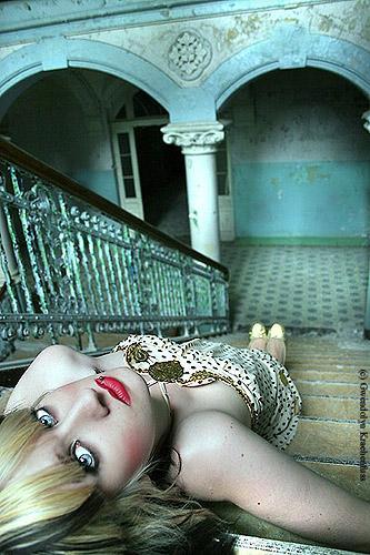 Aug 23, 2006 Gwendolyn Kraehenfuss Madame T.
