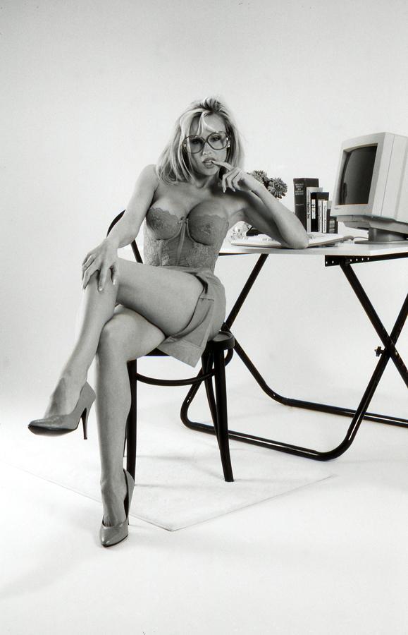 Studio Fullerton,Ca Sep 04, 2006 ewbearphoto Teresa *Naughty Sexretary*    Not On MM