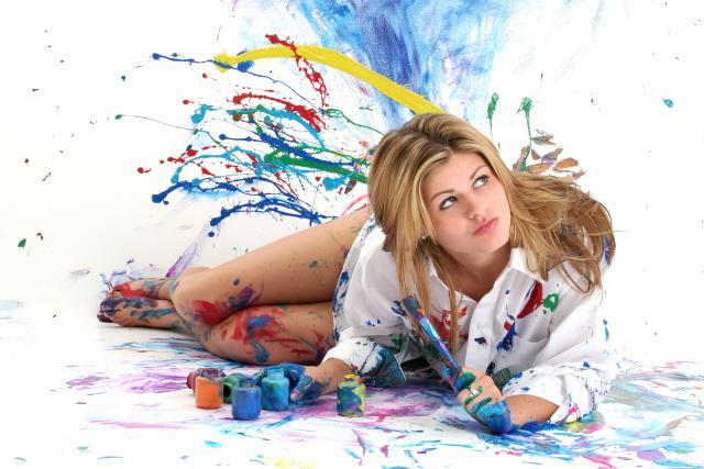 Russellville, Arkansas Sep 15, 2006 Jaimie Duplass    Photo Euphoria Disaster in art class!          MUA/Stylist--Kizzy