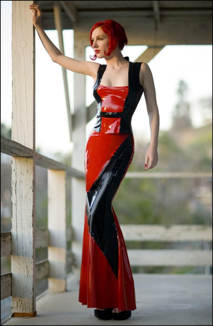 Sep 18, 2006 Michael Helms Fierce Couture latex