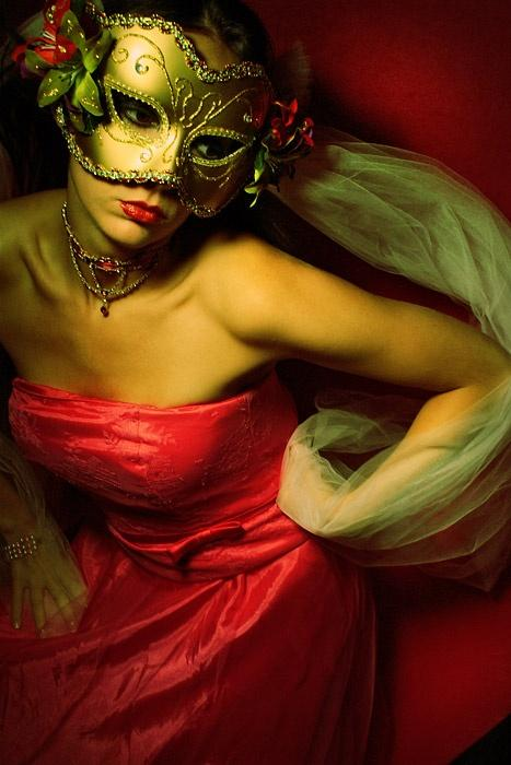 Sep 20, 2006 Eyeworks 2006 masquerade/chosen for image of the day on OMP :)