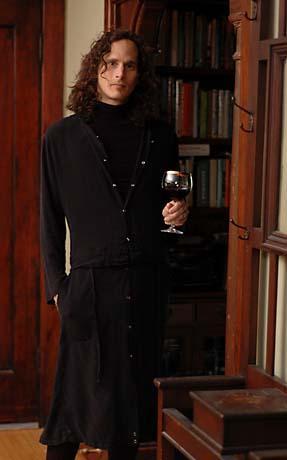 Sep 23, 2006 JDEZ.COM Multi-Convertable Coat (can be worn separatly as jacket and sarong)