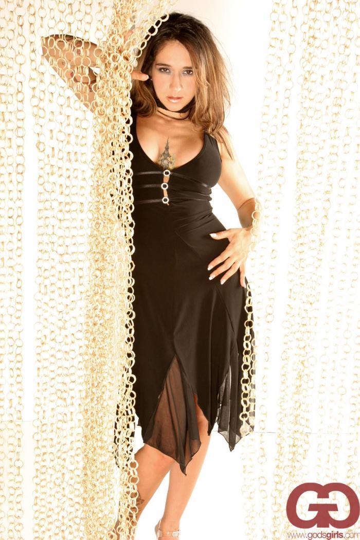 Oct 01, 2006 Matthew Cooke for Godsgirls curtain call ..
